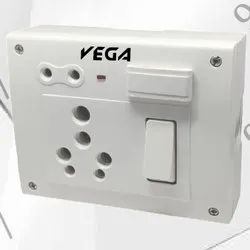 Vega Polycarbonate Ss Combined Box 6 In One, For Electrical Fittings