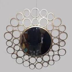 Golden Metal Wall Hanging Mirror, Mirror Shape: Round