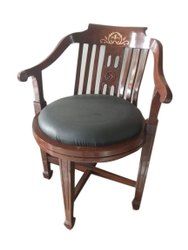 Dark Brown Wooden Round Chair, Finish: Polished