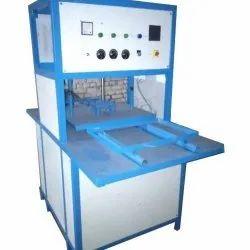 Single Hydraulic Scrubber Packing Machine, Capacity: 5000 Pieces/Hour, 220 Watt