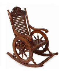Wooden Glossy Rocking Chair, Size: 170x150x85cm, Seating Capacity: 1 Seater