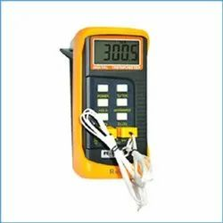 THERMOCOUPLE THERMOMETER RT- 6802