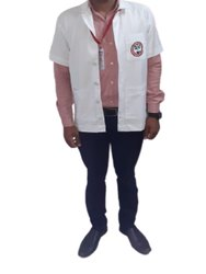 Half Sleeves Collar White Polycotton Medical Apron, For Hospital, Size: Medium