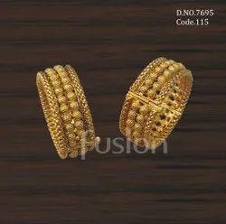 Fusion Arts Antique Gold Plain Bangles