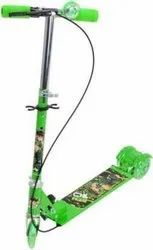 Green 3 Wheel Scooter Cycle, Size: 10 x 10 x 5 Centimeters