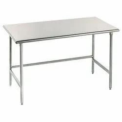 Standard Mild Steel Table, Size: 4x2