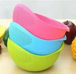 Pink Plastic Washing Strainer Bowl, For Home,Hotel and Restaurant