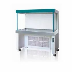 LAMINAR AIR FLOW CABINETS OR STATION