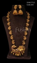 Fusion Arts Traditional Matt Gold Kemp Necklace Set