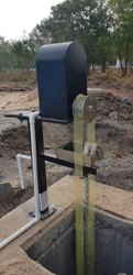 Mild Steel Belt Oil Skimmer, Capacity: 2000 LPH