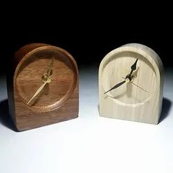 Analog Brown Designer Wooden Table Clock, For Home, Shape: Round