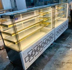 Curved Glass Pastry Display Counter