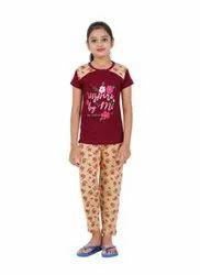 Printed Sleepwear Kids Girls Cotton Half Sleeves Night Suit, 60