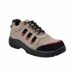 Sporty Lace Up Safety Shoes
