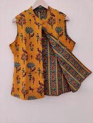 Sleeveless Ladies Printed Quilted Jacket