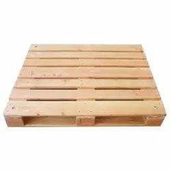 Brown Square Pinewood Pallet, For Packaging, Capacity: 1500 kg