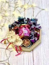 Golden Round Decorative Chocolate Tray Gift