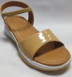 Polka Faux Leather Jump Sole Patent Sandal, For Footwear, Size: 36