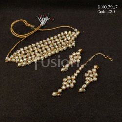 Fusion Arts Kundan Choker Necklace Set