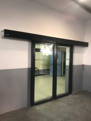 Partition Doors Black Aluminum Sliding Door, For Office, Interior