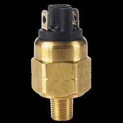 Series A2 Subminiature Pressure Switch
