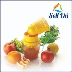 2 In 1 Plastic Hand Fruit Juicer