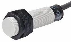 Autonics CR18-8DN DC10-30 8mm M18 Capacitive Proximity Sensor NPN-NO