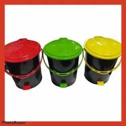 Plastic Pedal Bin 108 No. Dustbin