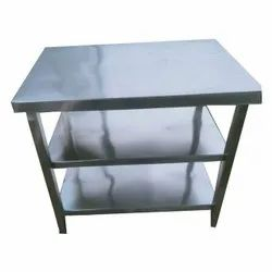 Silver Polished SS Commercial Working Table, For Restaurant, Size: 3 Feet