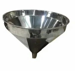 Lavanya Industries Stainless Steel Cone Hopper, For Chemical Industries, Weight Capacity: 15kg