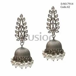 Fusion Arts Black Antique Kundan Jhumka Earrings