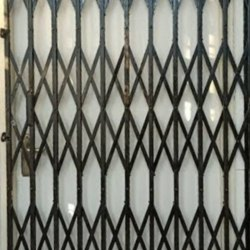 Sliding Black Ms Collapsible Gates Delhi
