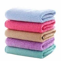 Mom Care Plain Newborn Face Cotton Towel, For Home, 450-550 GSM
