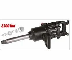 YT-09615 1 AIR IMPACT WRENCH (3200NM)