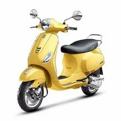 Yellow Vespa Scooter Exporter, Model Name/Number: Vxl 125cc