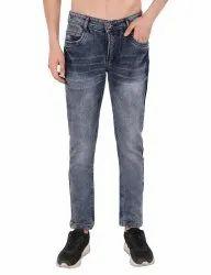 E-Commerce Men''s Jeans Photography