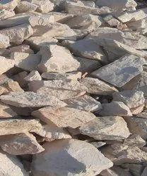 Off White Potash Feldspar Lumps, Grade: A GRADE, Packaging Type: Loose