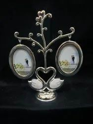 Silver Oval Shape Stainless Steel Photo Frame, For Decoration
