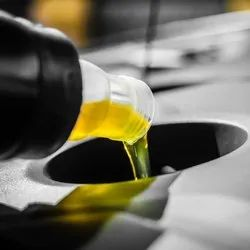 Customize Two Stroke Engine Oil