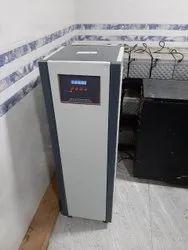 Servocom Three Phase Servo Controlled Voltage Stabilizer, Capacity: 3 kVA, Current Capacity: 10 Amp