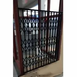 Sliding Black Mild Steel Manual Collapsible Gate, For Residential And Commercial