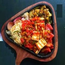 Maa Cafe Special Sizzlerd ( Pure Veg.)