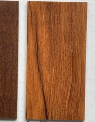 Natural Wood Pur Luxury Vinyl Tile Lvt, Wear Resistance: 0.2mm Heavy Duty, Size/Dimension: 6 Inchs X 36 Inchs