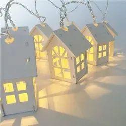 China Warm White Wooden House LED Light 16 Lamps