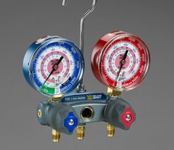 Titan 2-valve Test And Charging Manifold