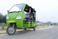 Passenger Electric Rickshaw: Auto Style