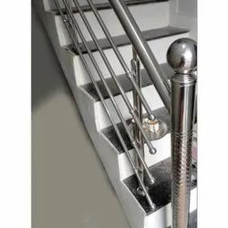 Stainless Steel Staircase Railing, For Home, Mounting Type: Floor