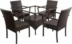 Universal Furniture Coffee Table With Four Chairs