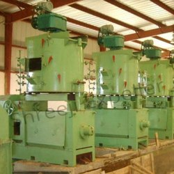 Steel / Cast Iron Automatic Groundnut oil processing plant