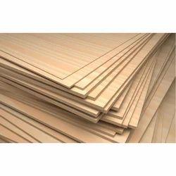 Rectangular Moisture Resistant Plywood, Size: 8 x 4 Sq/Ft